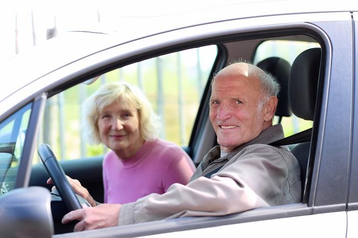 Должны ли пенсионеры платить транспортный налог?