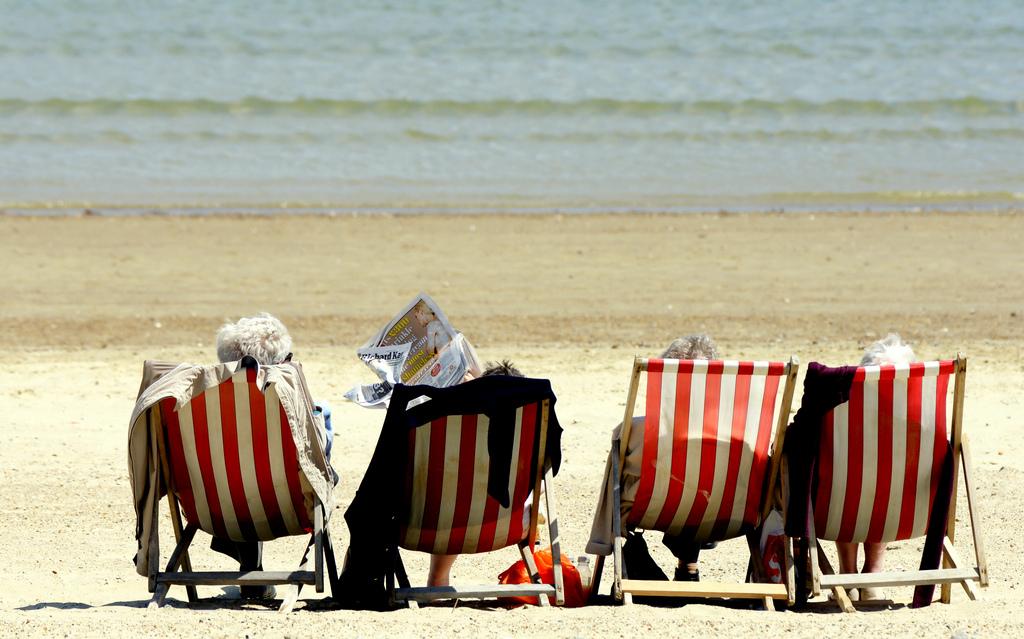 Оформляем отпуск за свой счет работающему пенсионеру